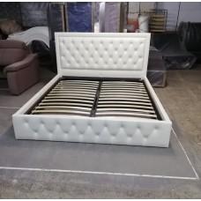 Кровать в каретной стяжке 1600*2000